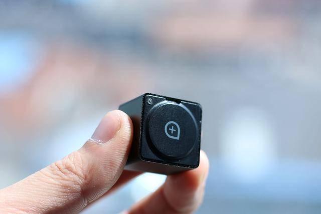 请问谁知道哪卖WiFi针孔形状的微型摄像头?