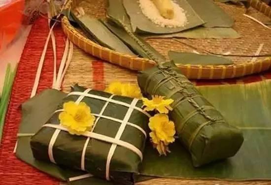 越南挂面以原料,猪肉,粽子为绿豆,用香蕉叶包着.不锈钢糯米架图片图片