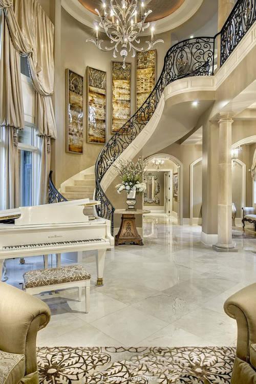 这才是高大上的豪华宫殿式别墅设计图片