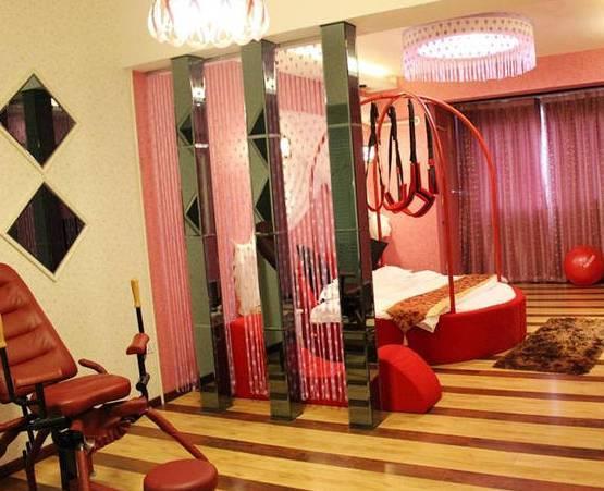 重庆情趣事情情趣套装!去做爱做的大全吧!酒店吊带主城裙黑纱图片