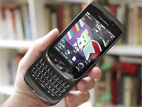 黑莓的硬件挣扎之路:黑莓手机是怎么死的?