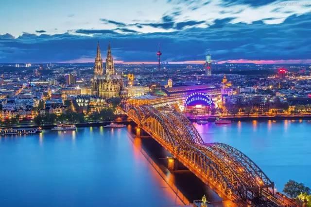 10到11月最佳旅行地:深秋全球最美的10个地方