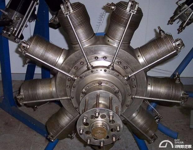 在喷气式发动机出现之前,活塞式飞机发动机大多数采用的都是星型设计.
