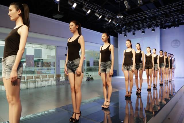 揭秘2017年模特艺考潜规则 好身材都是魔鬼炼成的