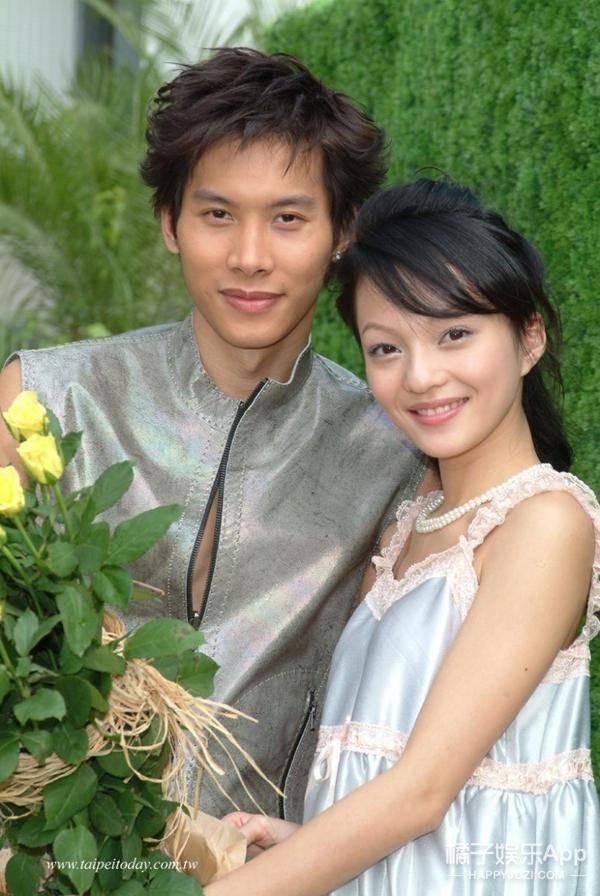 段臣风的扮演者叫颜行书,曾是台湾男子团体183club的队长,人温柔又图片
