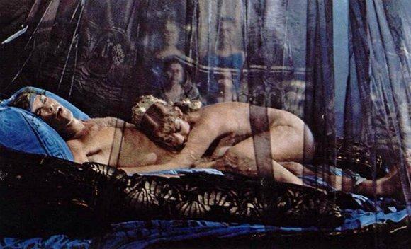女王海伦·米伦 :我的性感标签会追随我直至坟