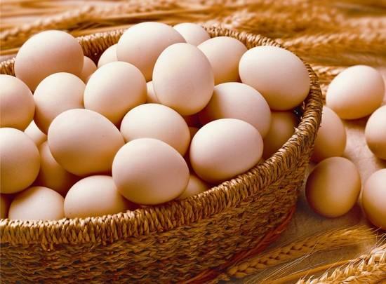 把视频皮挑开,待蛋黄和鸡蛋流出来后,再倒入浸泡蛋清的鸡蛋搅拌均匀钓金枪鱼比赛陈醋图片