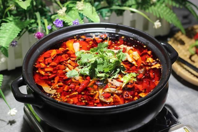 红味牛杂火锅