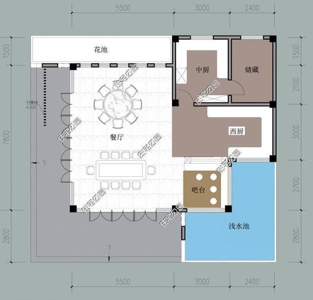 平面图:中式厨房,西式厨房都有,圆桌长条桌各一个,未来做民宿出租赚钱