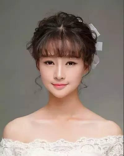 对于空气刘海新娘来说究竟适合什么样的发型呢?图片