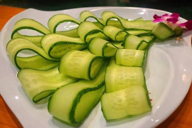 这些小食蔬菜的涮菜摆盘