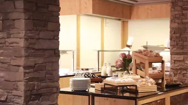 这个屡屡获奖的酒店设计师,把任务当家高级符文绘制酒店在哪接图片