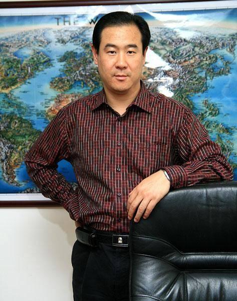 10年前,张向东在《赢下中国》的栏目中说过这样的一句话,电商行业我