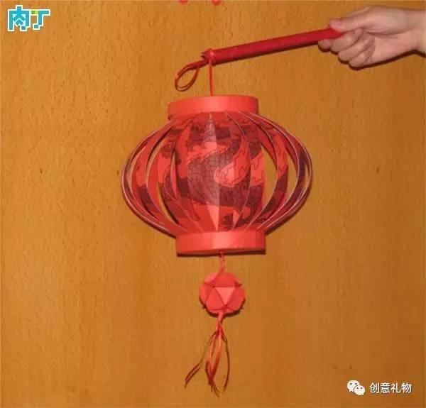 手工灯笼制作方法:准备红包封套12个图片