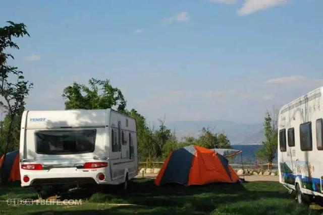 推荐营地一:大理洱海兰林阁房车露营地图片