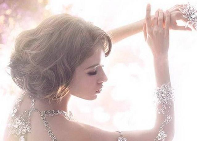 最漂亮婚纱_史上最漂亮婚纱图片
