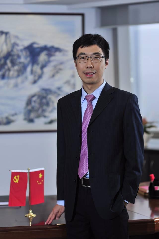 叶朝明鹏华安盈宝货币在管理期业绩为8.68%,期间同类平均为6.图片