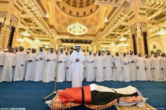 迪拜33岁王子拉希德的超等挥霍葬礼