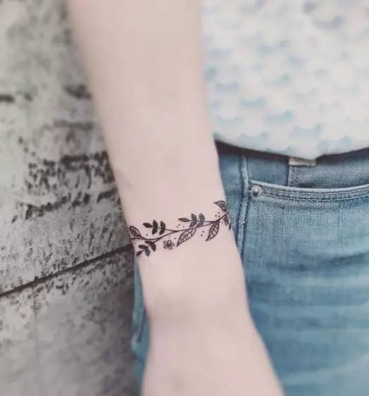 """深夜推文""""教坏""""小朋友 来看适合女生的n种小清新纹身图片"""