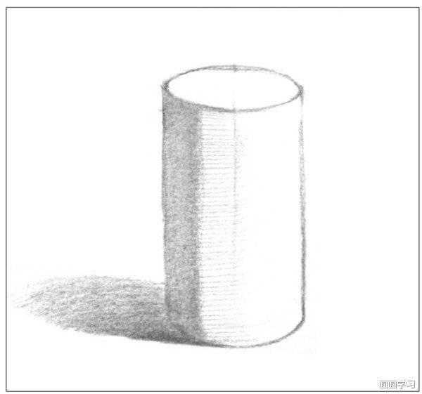 几何体素描之圆柱体绘画步骤二 3,使用4b铅笔,对圆柱体的暗部调子及