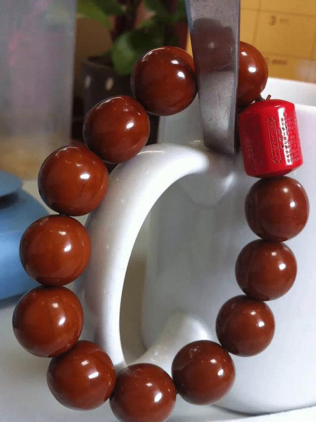 正圆橄榄核包浆囹�a_包浆正圆光柱搭配松石蜜蜡南红,美的不要不要的.