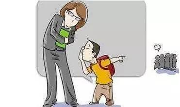 课堂罚站,也是一些老师对爱说话淘气孩子的招数.图片