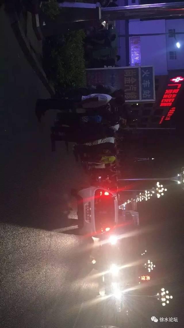 昨天晚上,徐水107国道火车站段,发生交通事故风味大西北菜谱图片