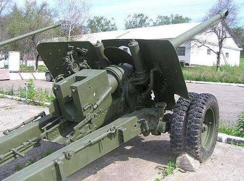 ZIS 3加农炮 苏联二战著名火炮,虎式出现前可击毁任何坦克