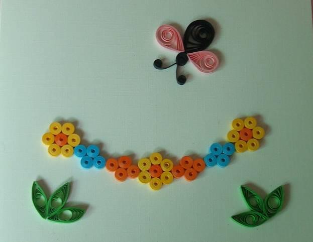 七:用扭扭棒插在小蜜蜂的下面,变成小蜜蜂的螫针.图片