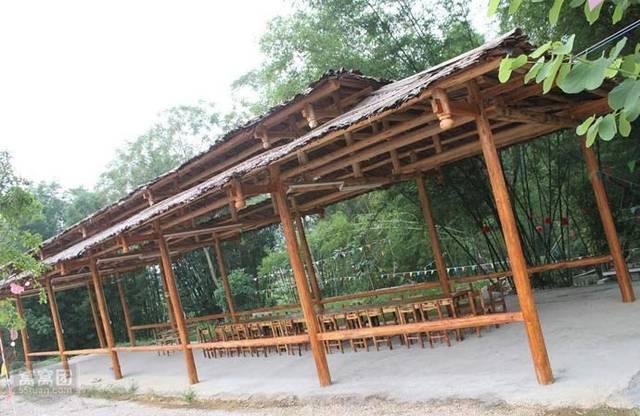 从返璞归真,回归自然节点出发,营造有层次,有情趣的现代休闲农庄.
