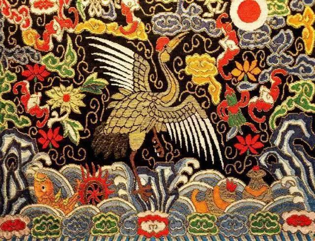 蜀锦是丝绸之路的主要交易品之一,亦是日本国宝级传统工艺品京都西阵图片