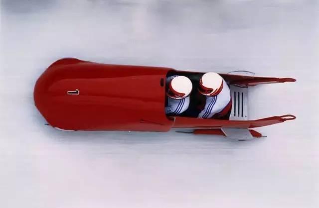 冬奥小科普——有舵雪橇