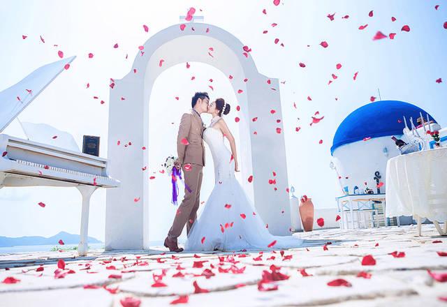 唯美kiss婚纱照 超浪漫的婚礼亲吻