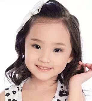 【美美哒】小女孩花式扎头发法大全,美得不要不要的!图片