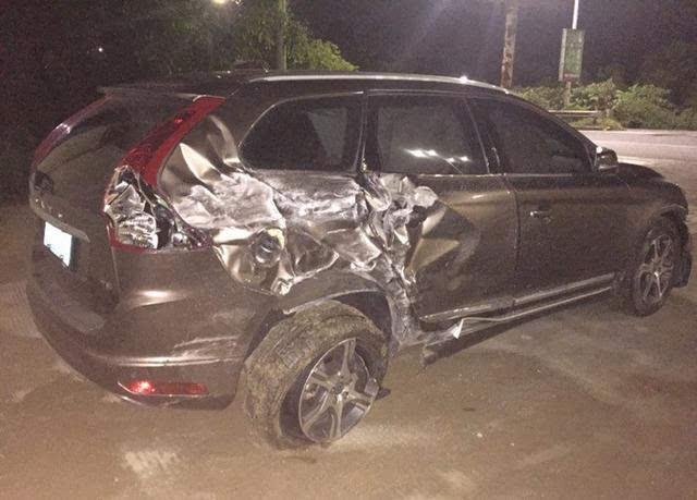 为避让质量车沃尔沃xc60被连环撞-汽车频道-事故世博君威2010搜狐版手机狂差图片