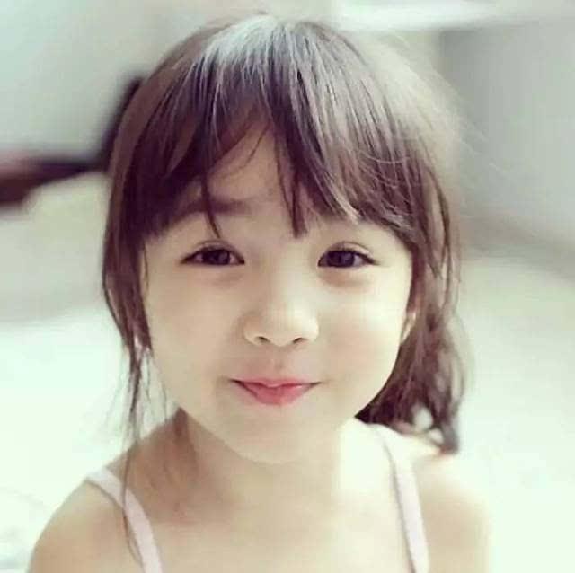 记得这个可爱的混血小美女吗?2005年出生的cristina就要11岁了哦.