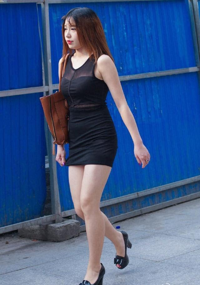 北京街头实拍身材丰满的女人,一般人看不明白!