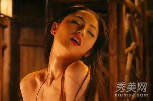 性感色情三级片_劲爆香港三级片, 性感妹纸咬牙全裸试镜