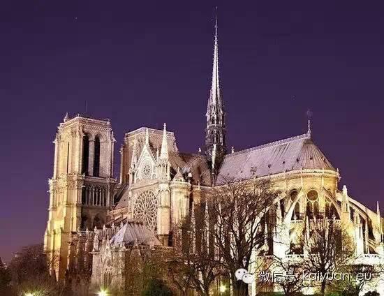 1.巴黎圣母院最著名的教堂