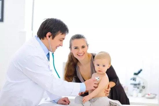 滿月寶寶身體體檢項目
