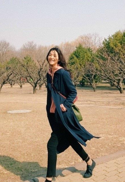 令人羞羞的渔网袜,杨幂迪丽热巴竟抢着穿,你敢穿吗?