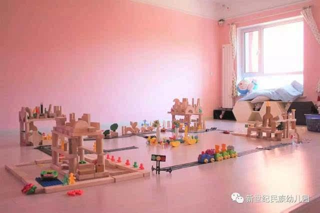 【未来之城】快乐搭建 创意无限——新世纪民族幼儿园建构活动月掠影