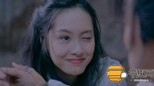 朱茵的这个眨眼,无法超越的美~《大话西游》里的紫霞仙子,明眸善睐图片