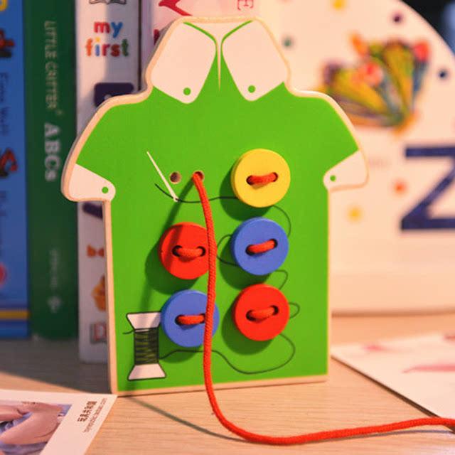 我选的玩具都是一些益智力的玩具, 串珠子,蒙氏玩具还有一些拼插积木图片