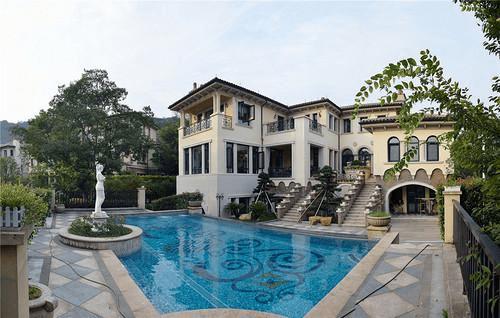 贵阳公元带游泳池装修很美,别墅真别墅!房中建这是豪宅图片