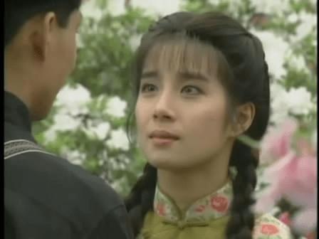 1992年《青青河边草》作为电视剧投放并首次在台湾公映,其带来的影响图片