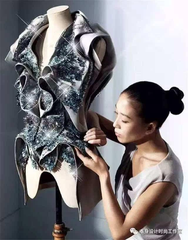 服装设计师_服装设计师收入