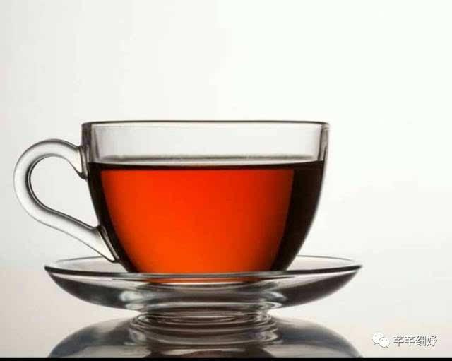 赤小豆,马齿苋,淡竹叶,槐米,绿茶,芡实,以上材料清洗,炒熟,泡水饮用图片