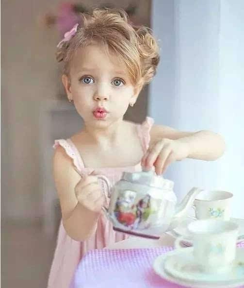 超可爱的小女孩编发,妈妈轻松就能学会!