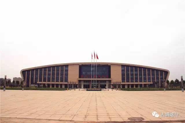 与喀什市城区,315国道和通往飞机场,火车站等方向的道路紧密连接起来图片